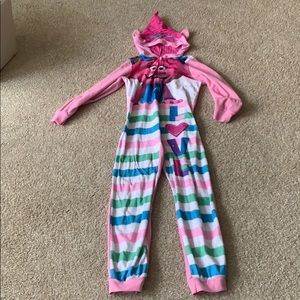 Girl's Trolls pajamas